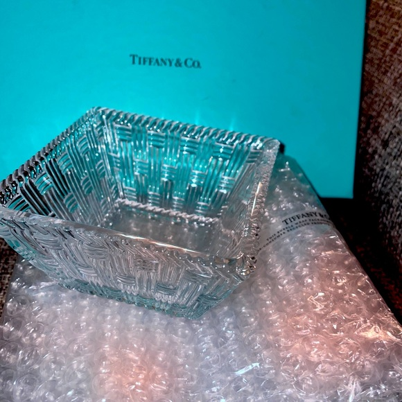 Tiffany and co weave basket